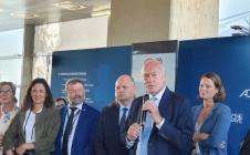 La région Nouvelle-Aquitaine et le CNES signent un partenariat